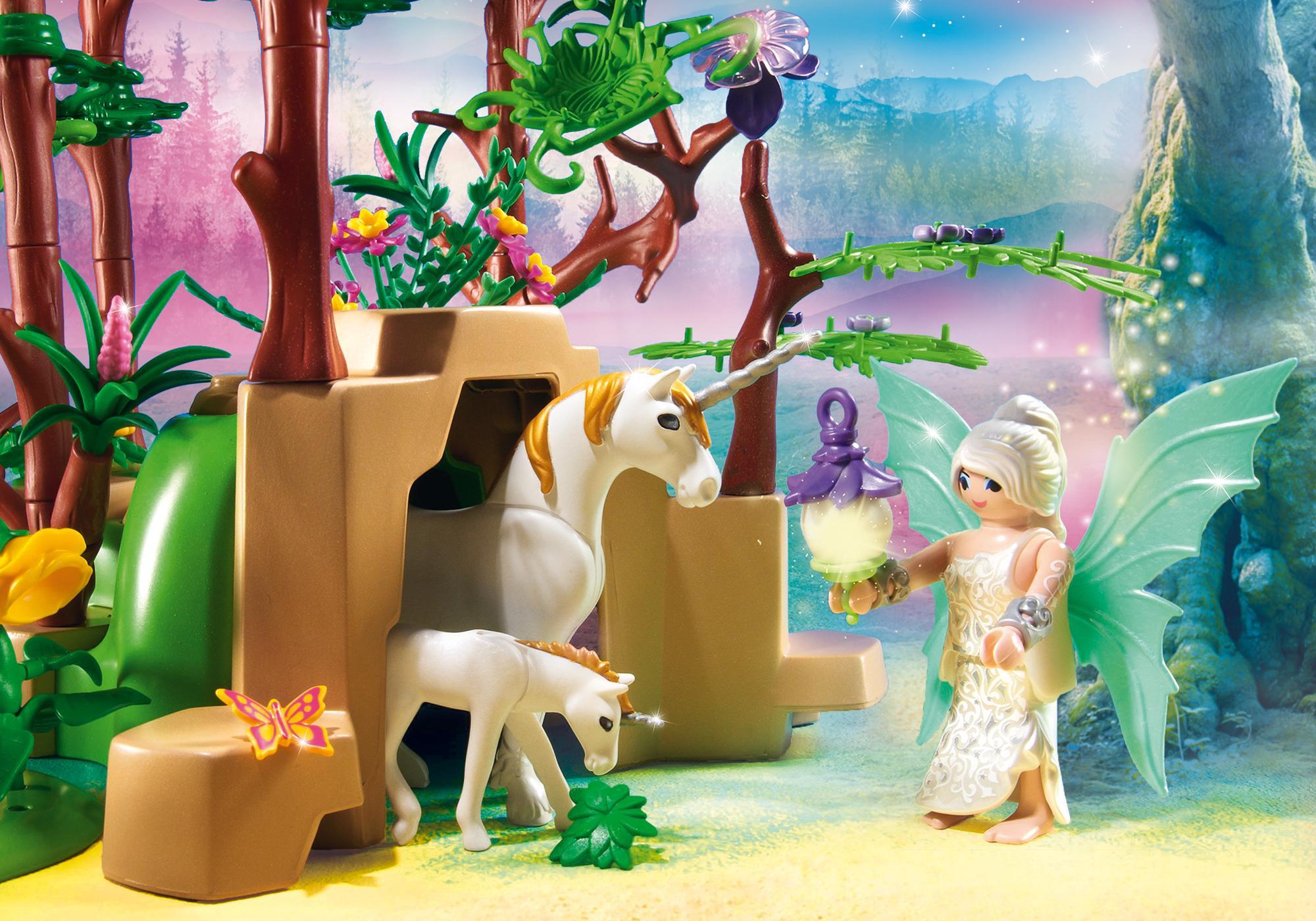 http://media.playmobil.com/i/playmobil/9132_product_extra3/Magical Fairy Forest