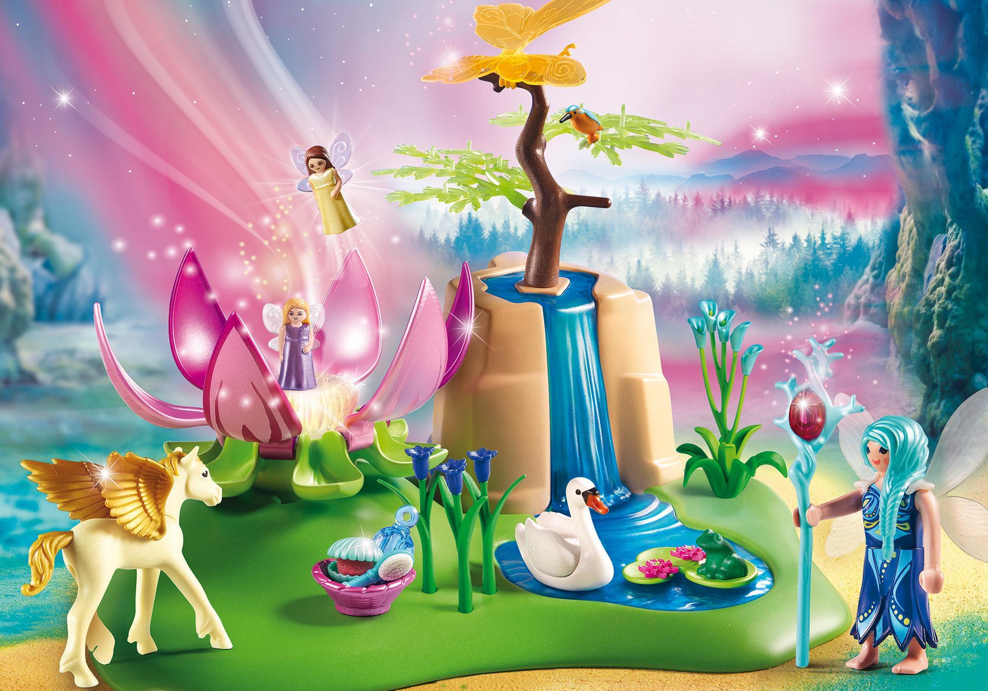 http://media.playmobil.com/i/playmobil/9135_product_detail/Świeciący kwiat dzieci wróżek