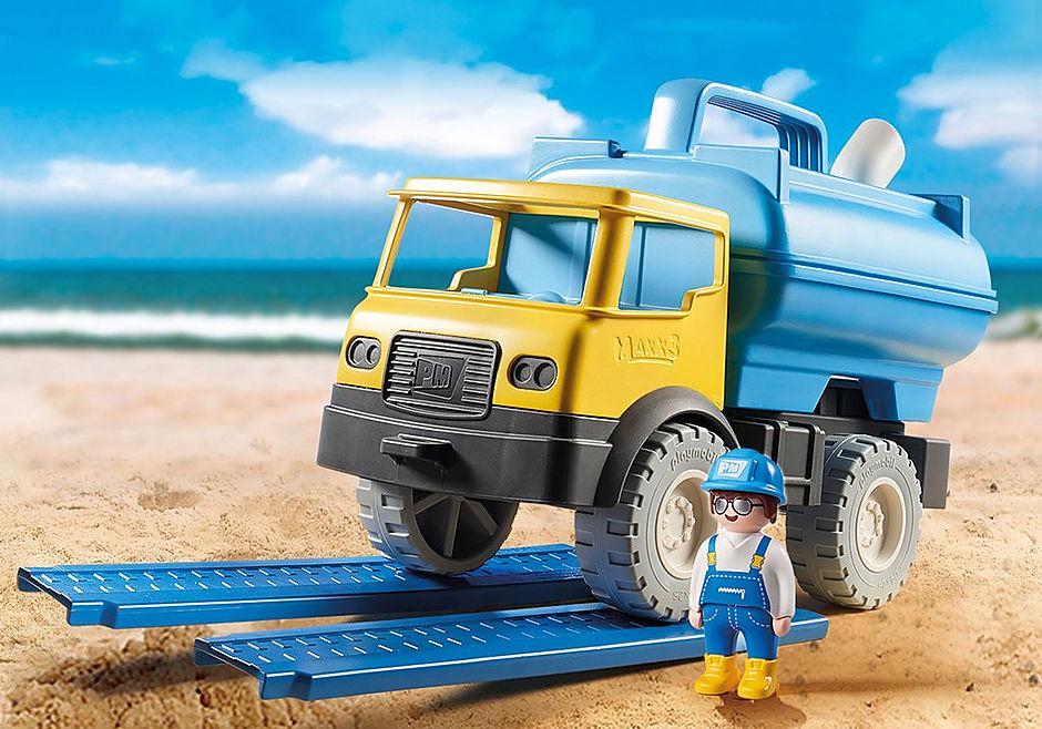 9144 Vrachtwagen met watertank detail image 1