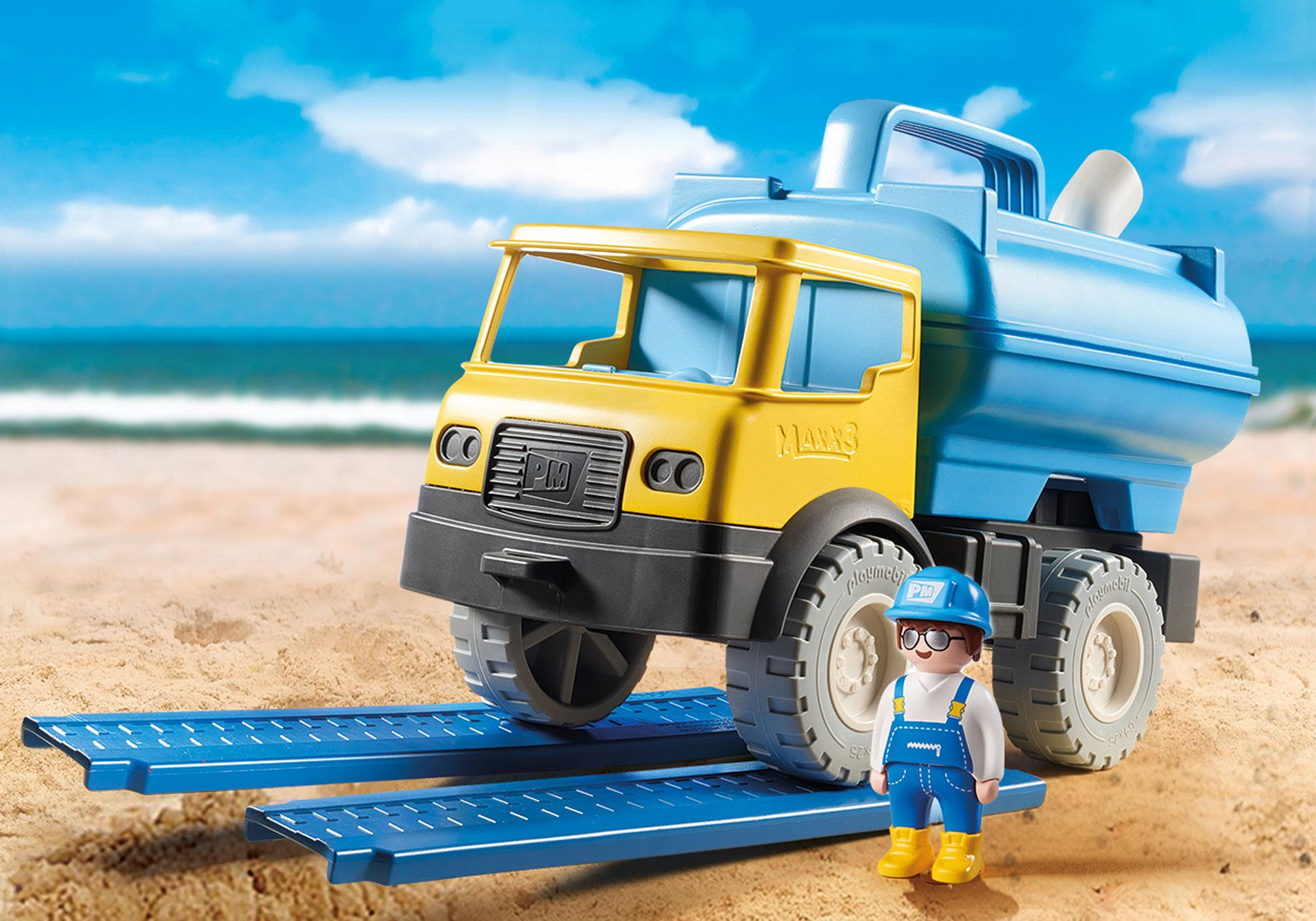 http://media.playmobil.com/i/playmobil/9144_product_detail/Water Tank Truck