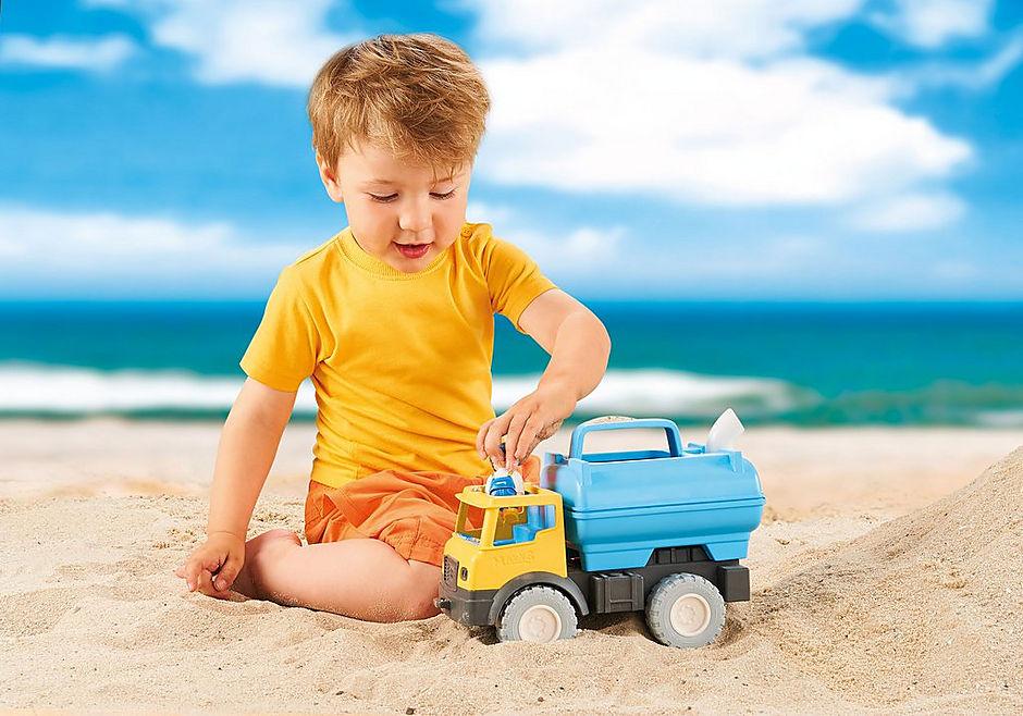 http://media.playmobil.com/i/playmobil/9144_product_extra1/Camião com Depósito de Água
