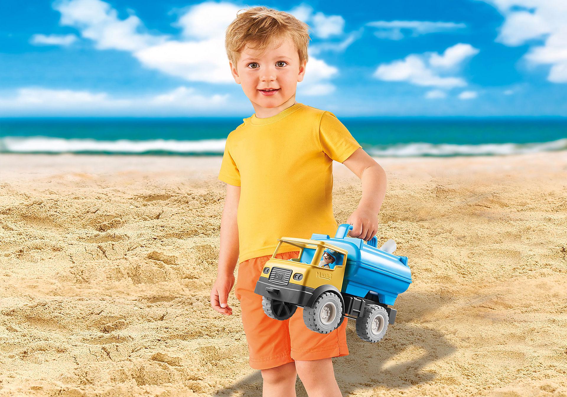 http://media.playmobil.com/i/playmobil/9144_product_extra2/Camião com Depósito de Água
