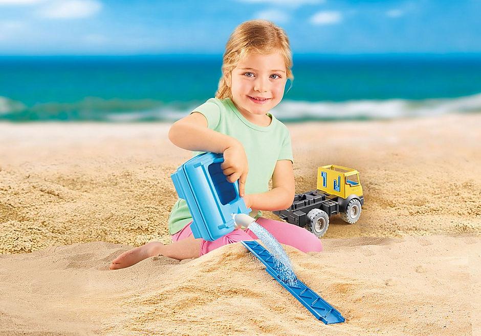 http://media.playmobil.com/i/playmobil/9144_product_extra3/Vrachtwagen met watertank