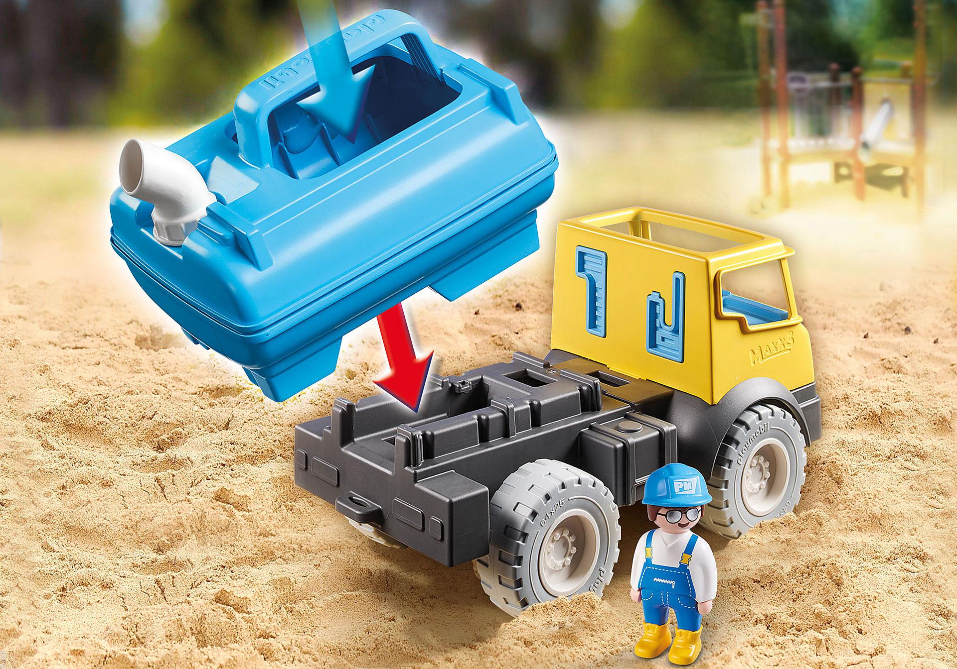 9144 Camion con cisterna per acqua zoom image10