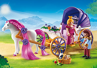 9161_product_detail/Royal Couple with Carriage