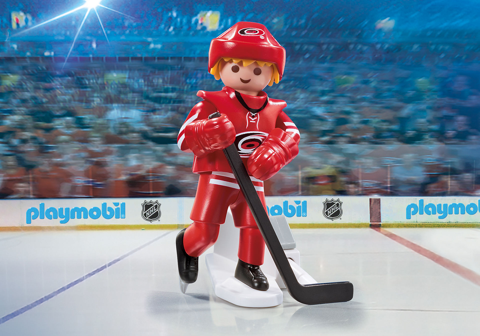 9200 NHL® Carolina Hurricanes® Player zoom image1
