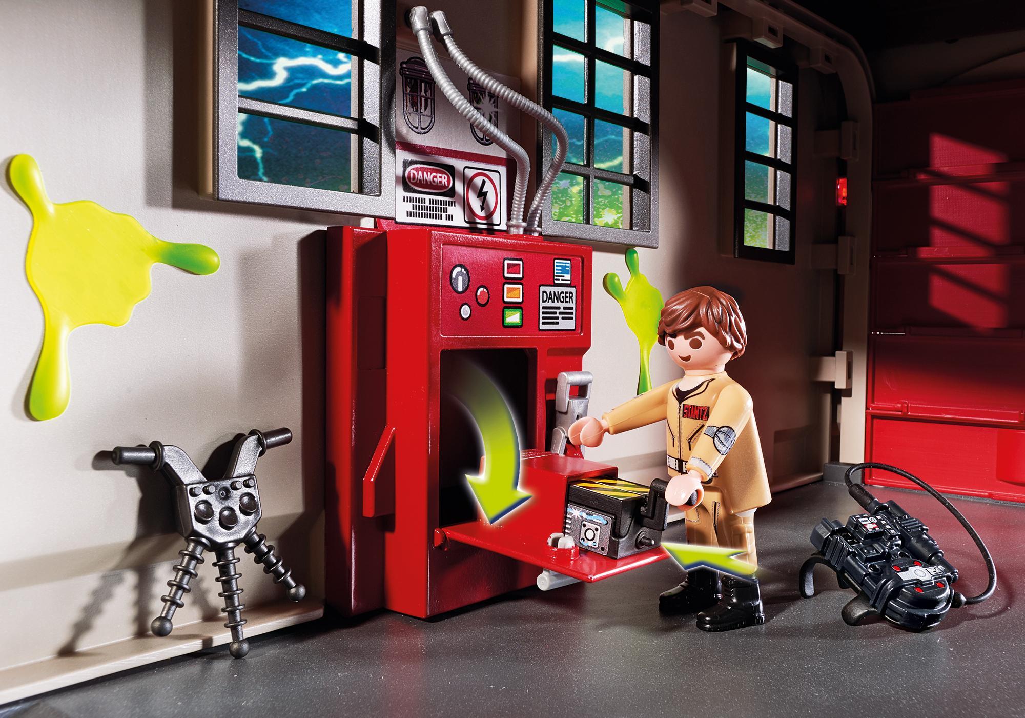 http://media.playmobil.com/i/playmobil/9219_product_extra4/Quartel de Bombeiros Ghostbusters™