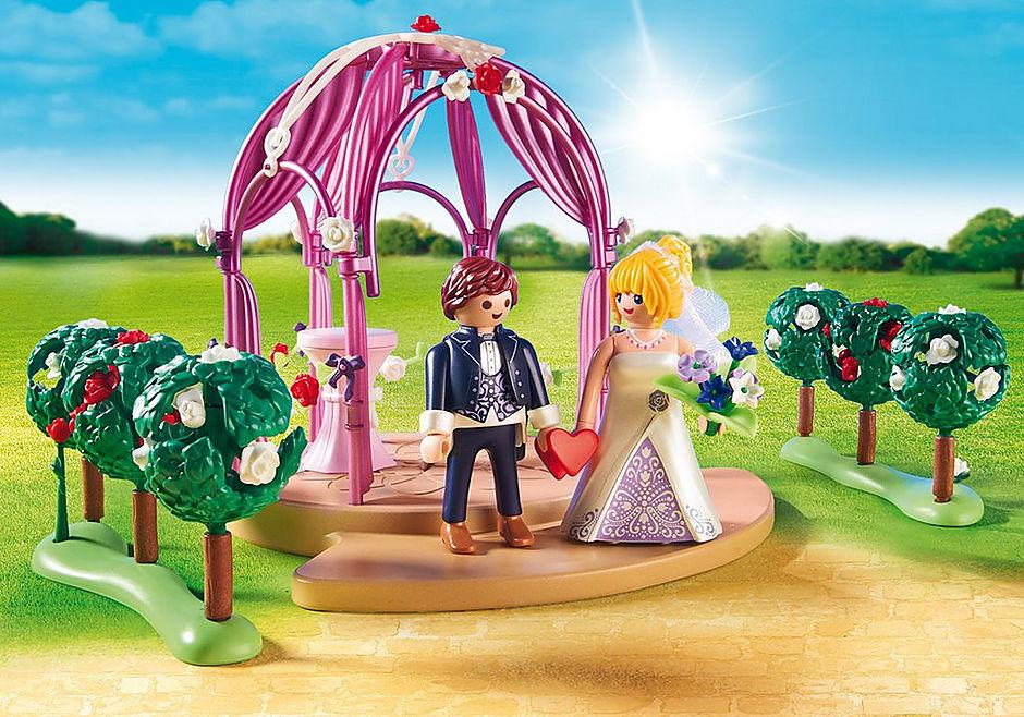 9229 Bruidspaviljoen met bruidspaar detail image 5