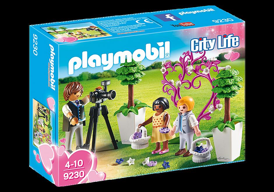 http://media.playmobil.com/i/playmobil/9230_product_box_front/Meninos das alianças e Fotógrafo