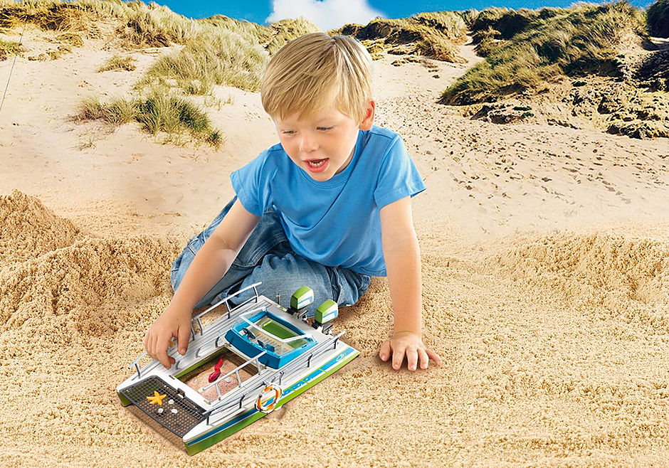http://media.playmobil.com/i/playmobil/9233_product_extra2/Glasboot met onderwatermotor