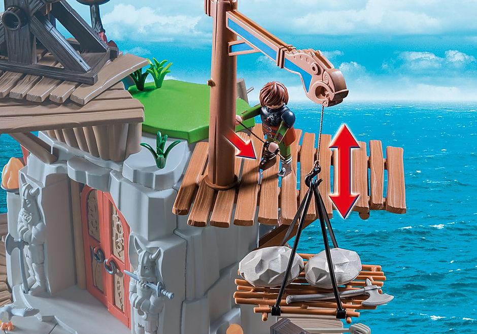 http://media.playmobil.com/i/playmobil/9243_product_extra3/Campement de l'île de Beurk