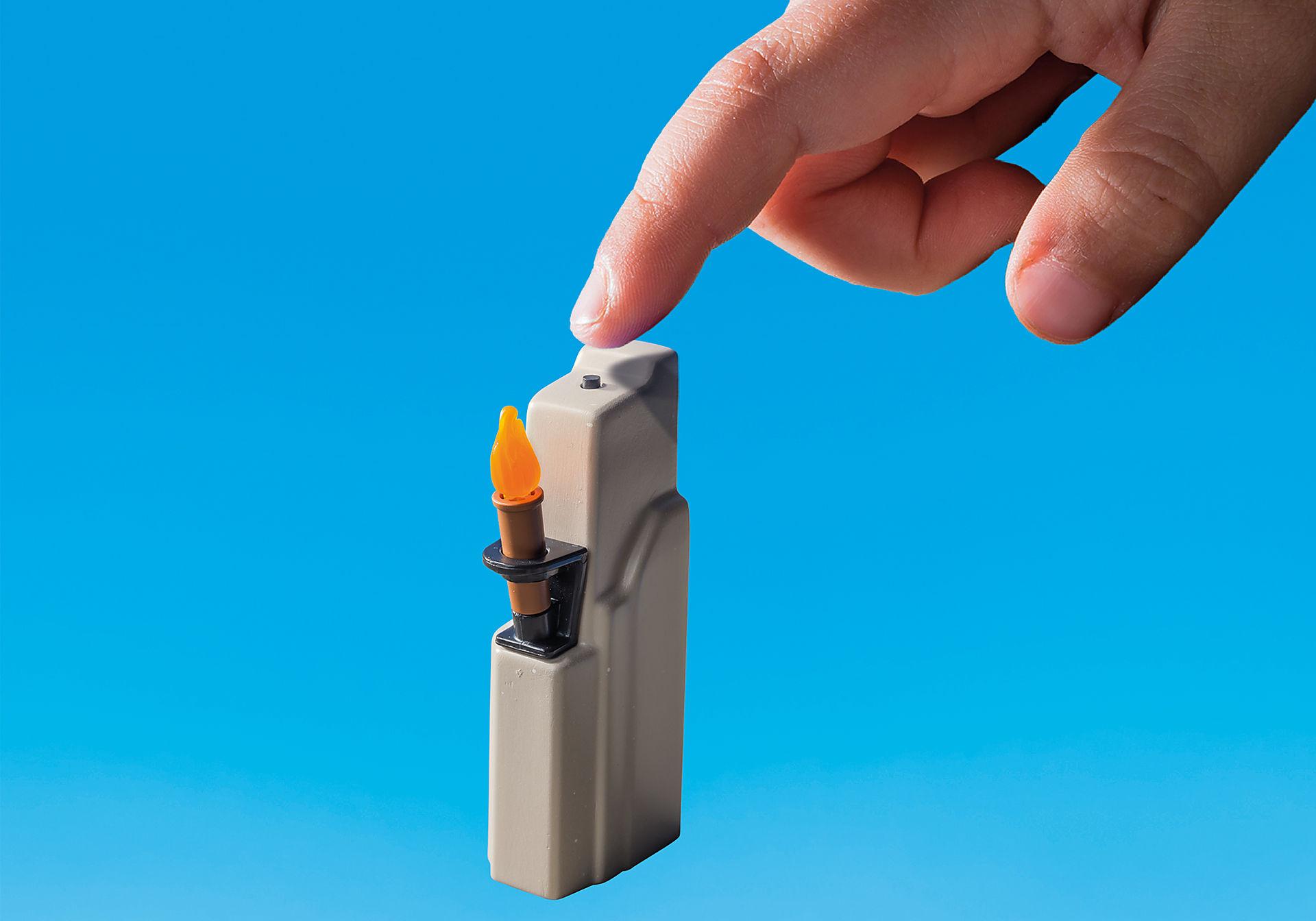 http://media.playmobil.com/i/playmobil/9243_product_extra5/Berk