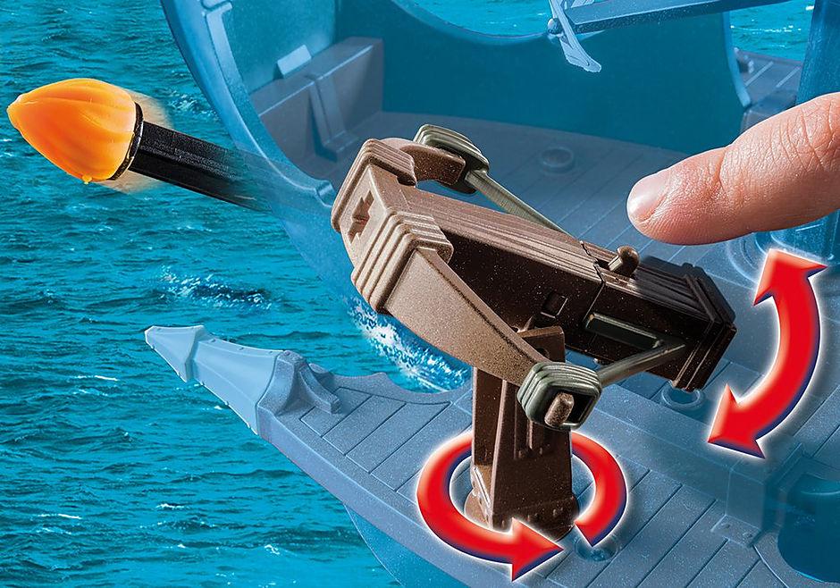 http://media.playmobil.com/i/playmobil/9244_product_extra4/Drago et vaisseau d'attaque