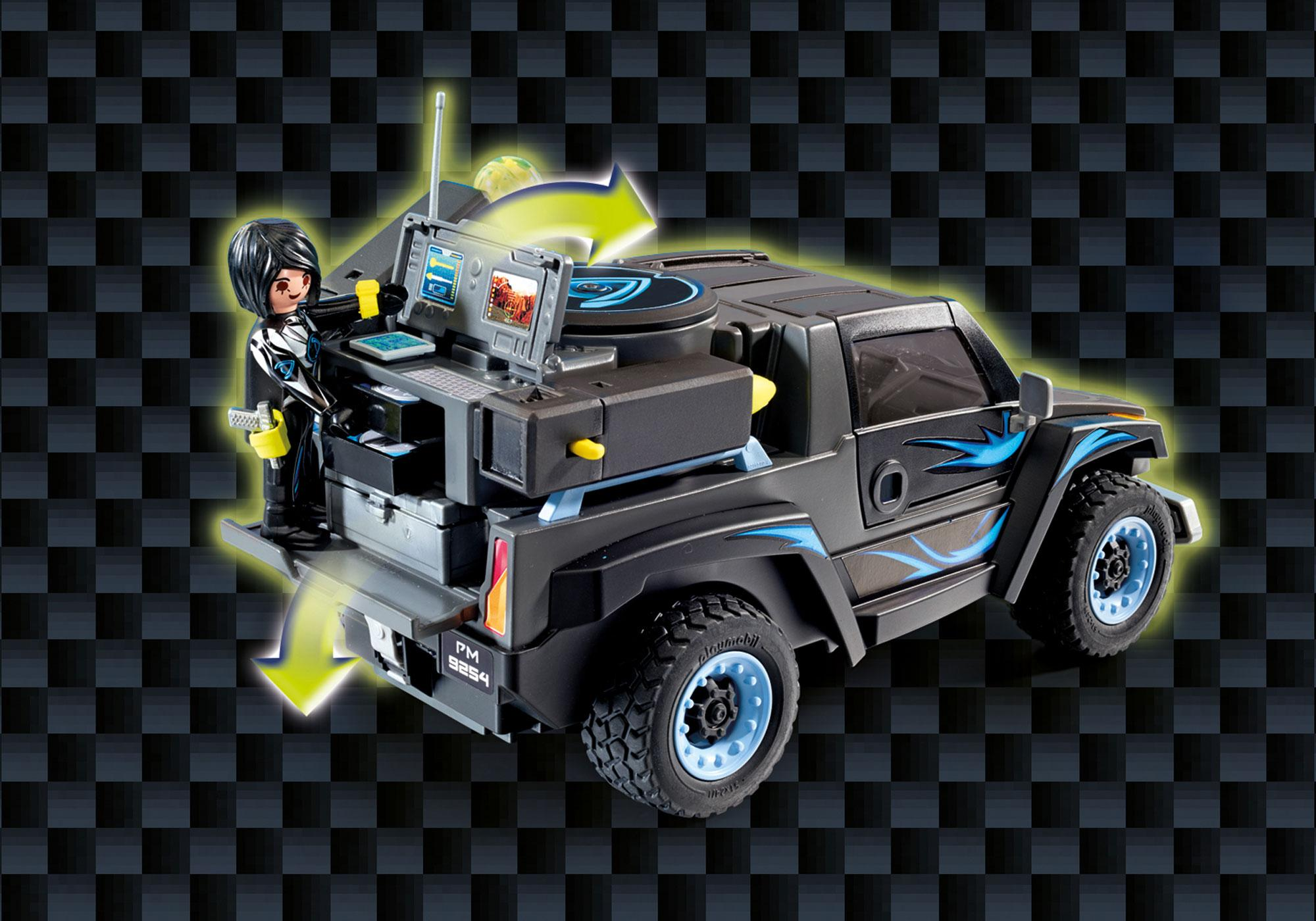 http://media.playmobil.com/i/playmobil/9254_product_extra5/Pick-up Dr. Drone'a