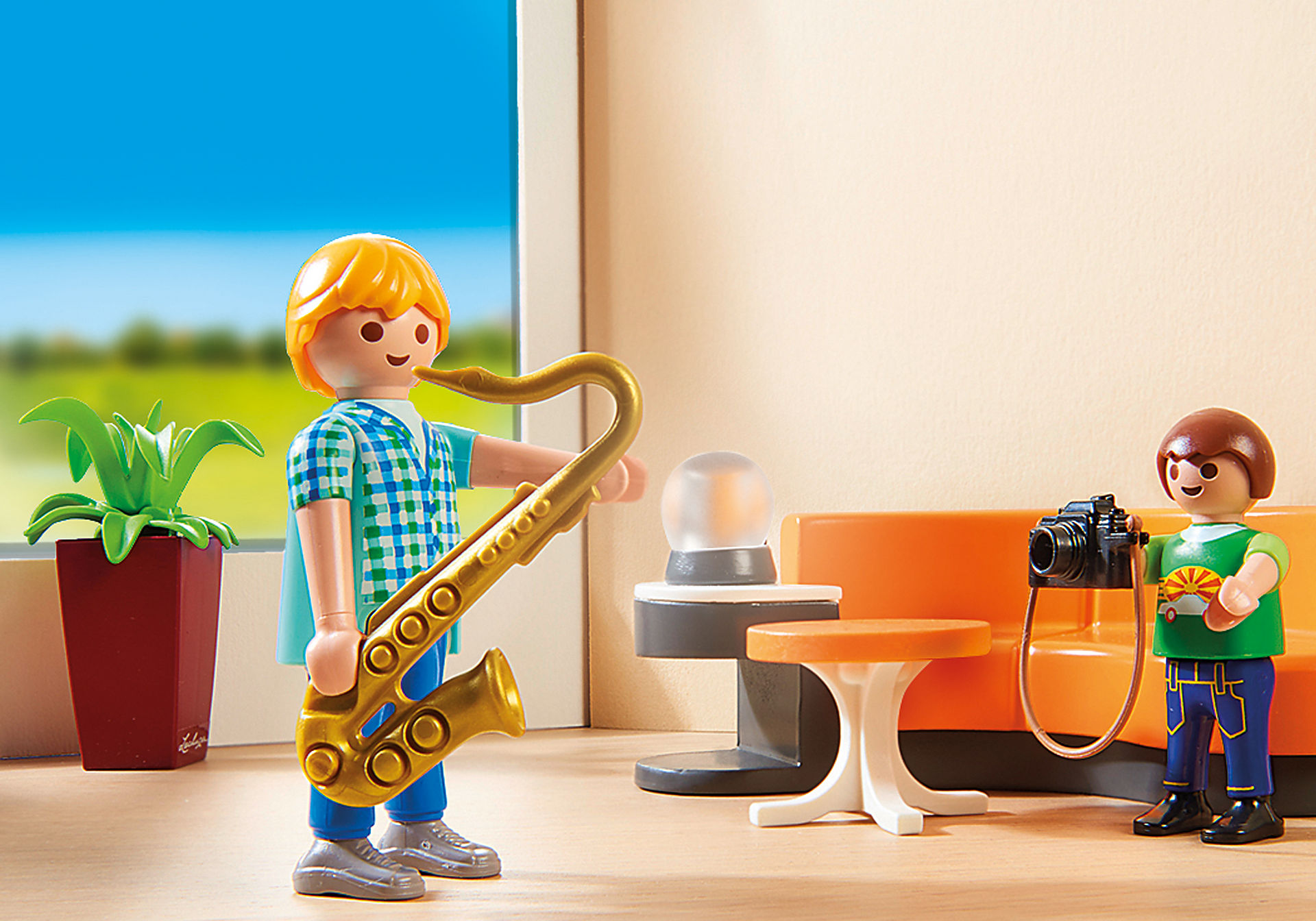 http://media.playmobil.com/i/playmobil/9267_product_extra1/Salon équipé