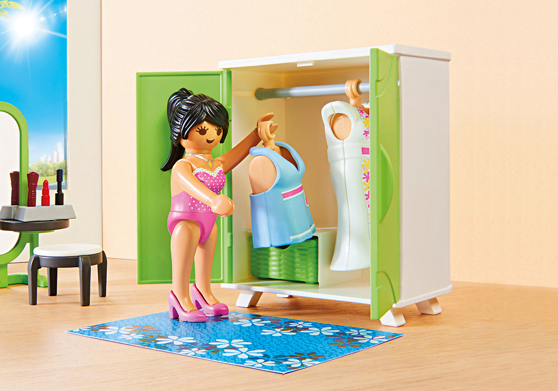 http://media.playmobil.com/i/playmobil/9271_product_extra2/Bedroom