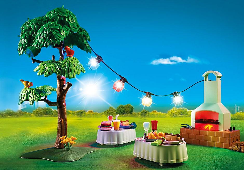 9272 Famille et barbecue estival detail image 7