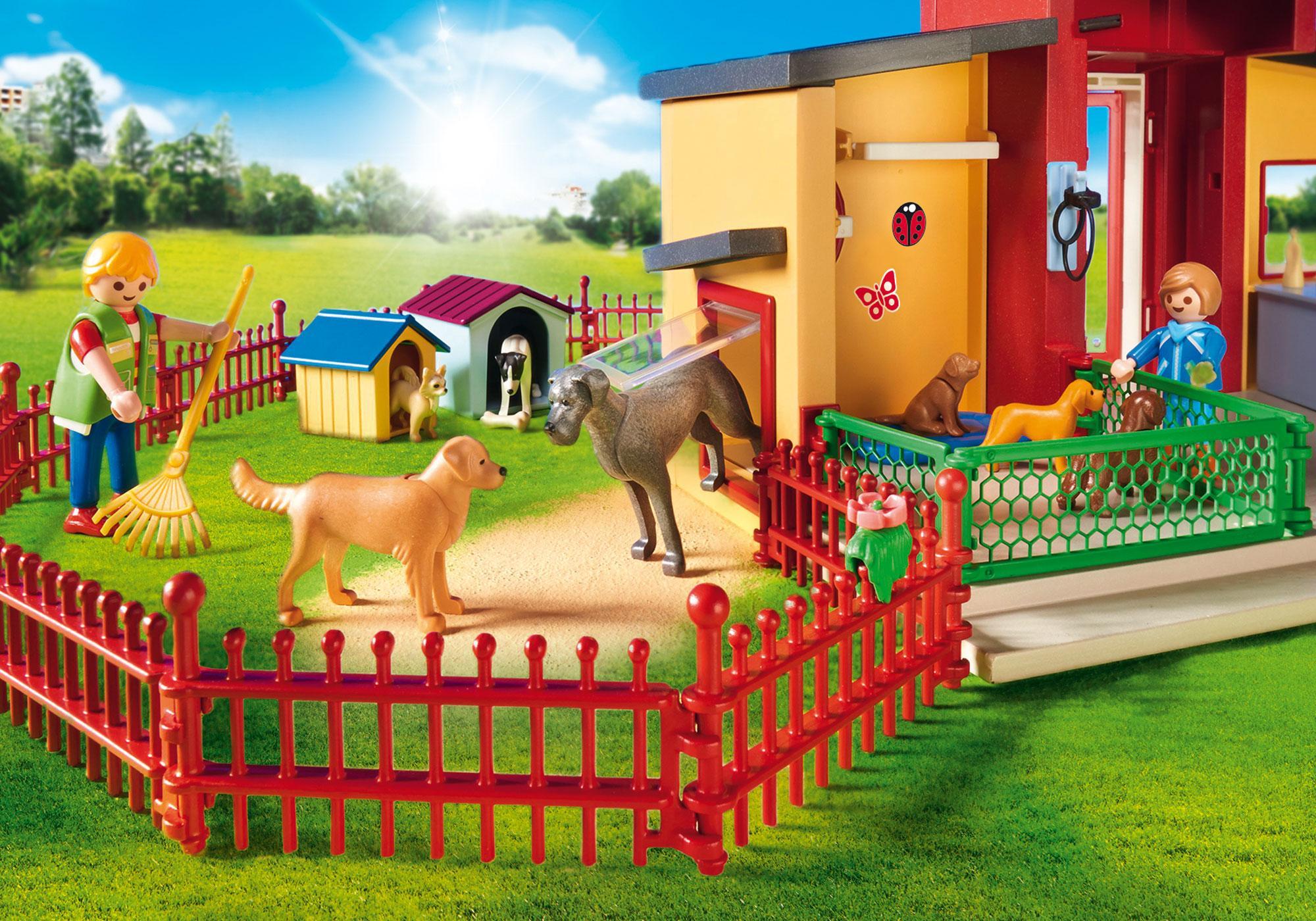 """http://media.playmobil.com/i/playmobil/9275_product_extra1/Djurhotellet """"Små tassar"""""""