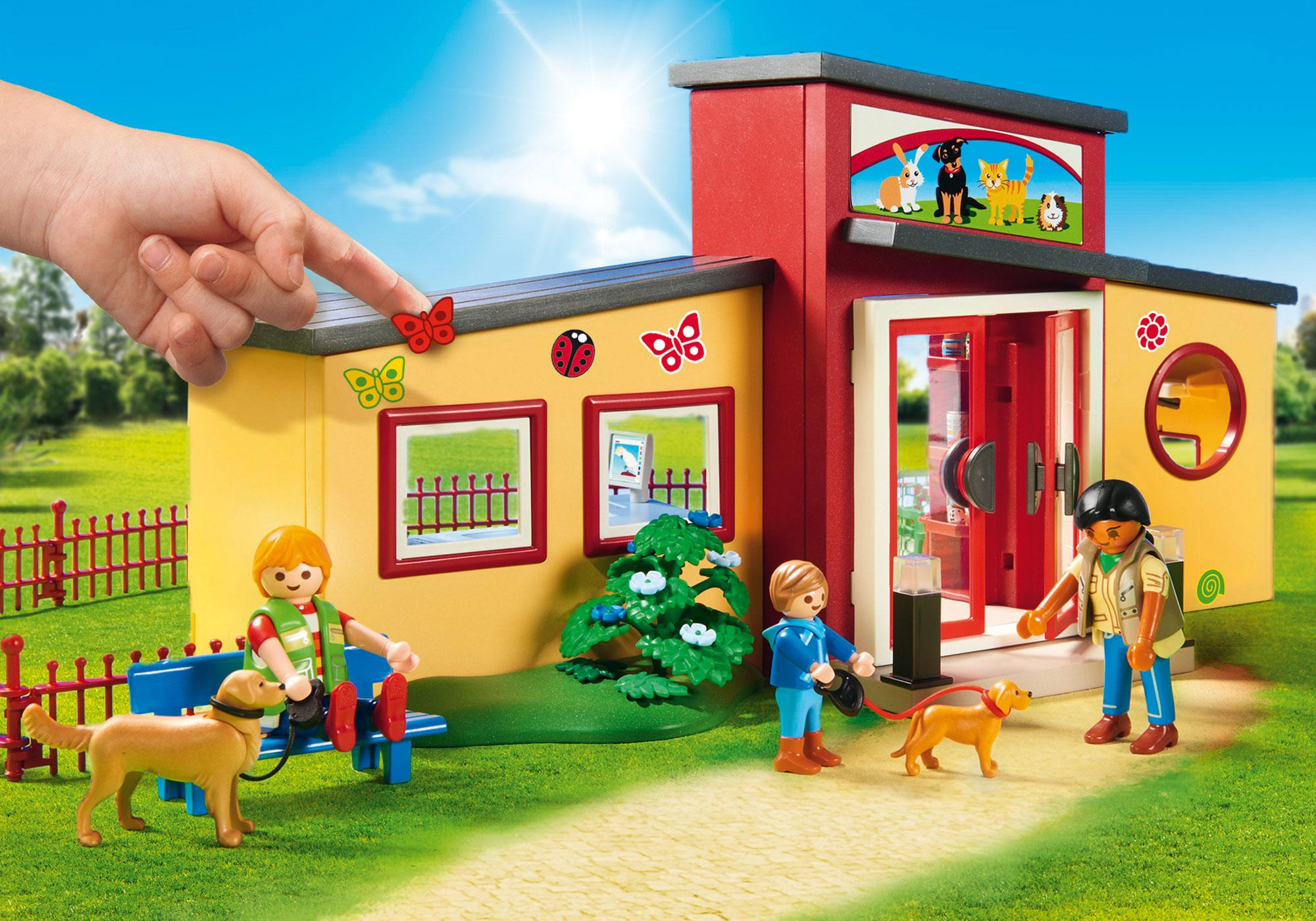 """http://media.playmobil.com/i/playmobil/9275_product_extra2/Dyrehotel """"Lille pote"""""""