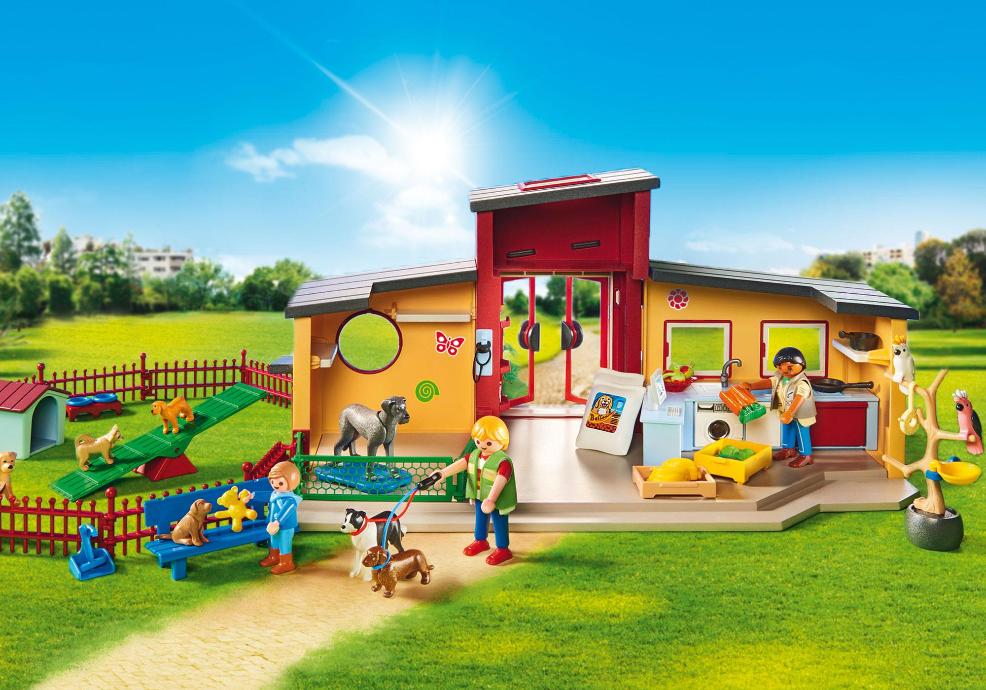 """http://media.playmobil.com/i/playmobil/9275_product_extra3/Dyrehotel """"Lille pote"""""""