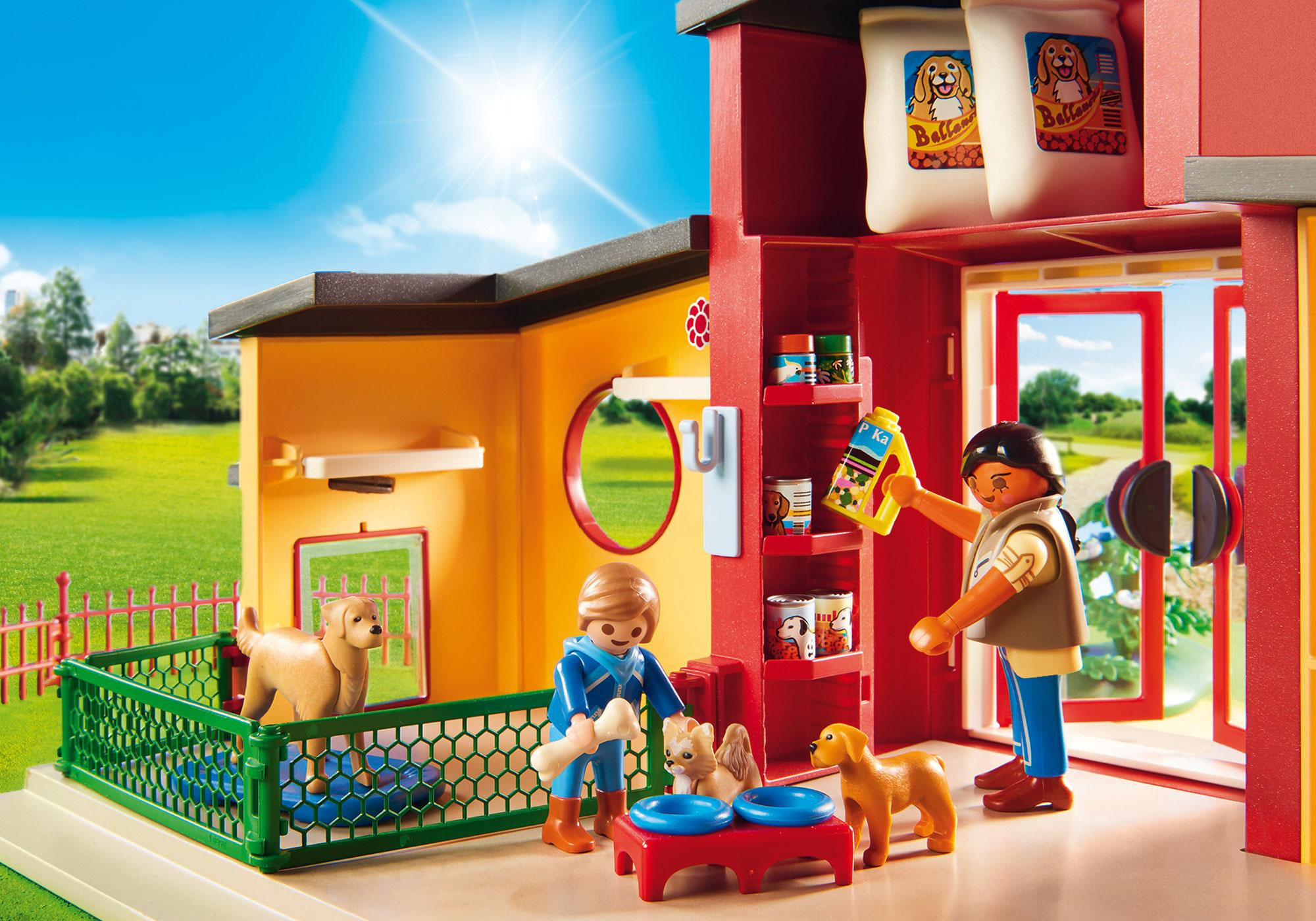 """http://media.playmobil.com/i/playmobil/9275_product_extra4/Dyrehotel """"Lille pote"""""""