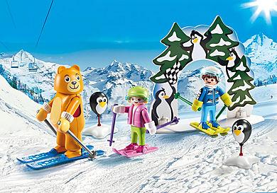 9282 Moniteur de ski avec enfants