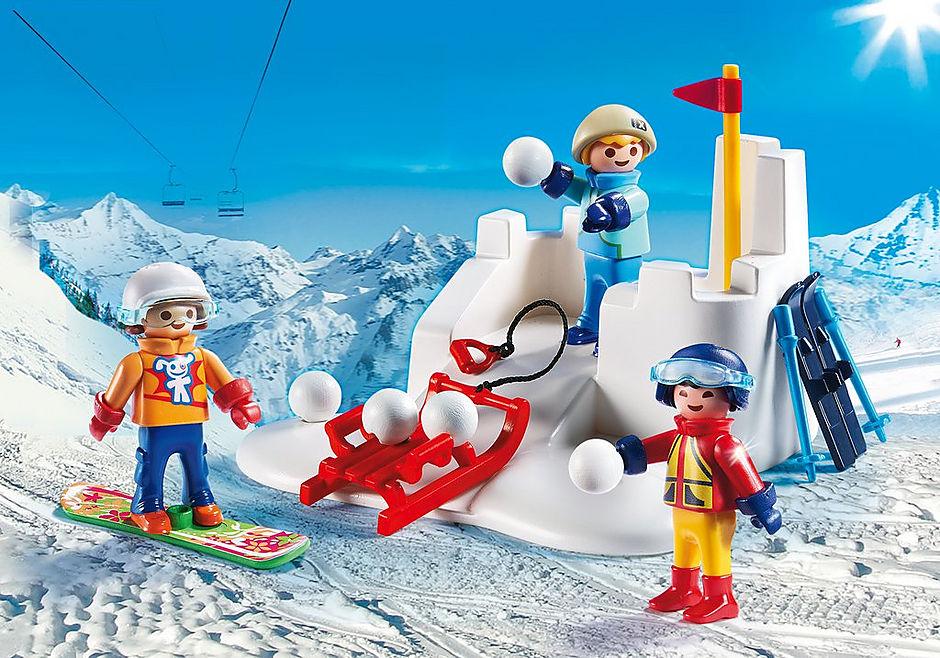 9283 Enfants avec boules de neige  detail image 1
