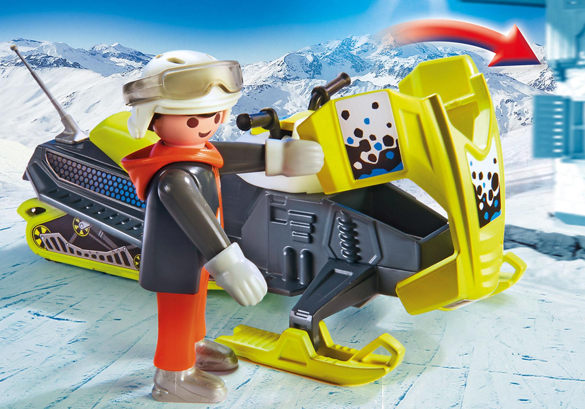 9285 Sneeuwscooter zoom image5