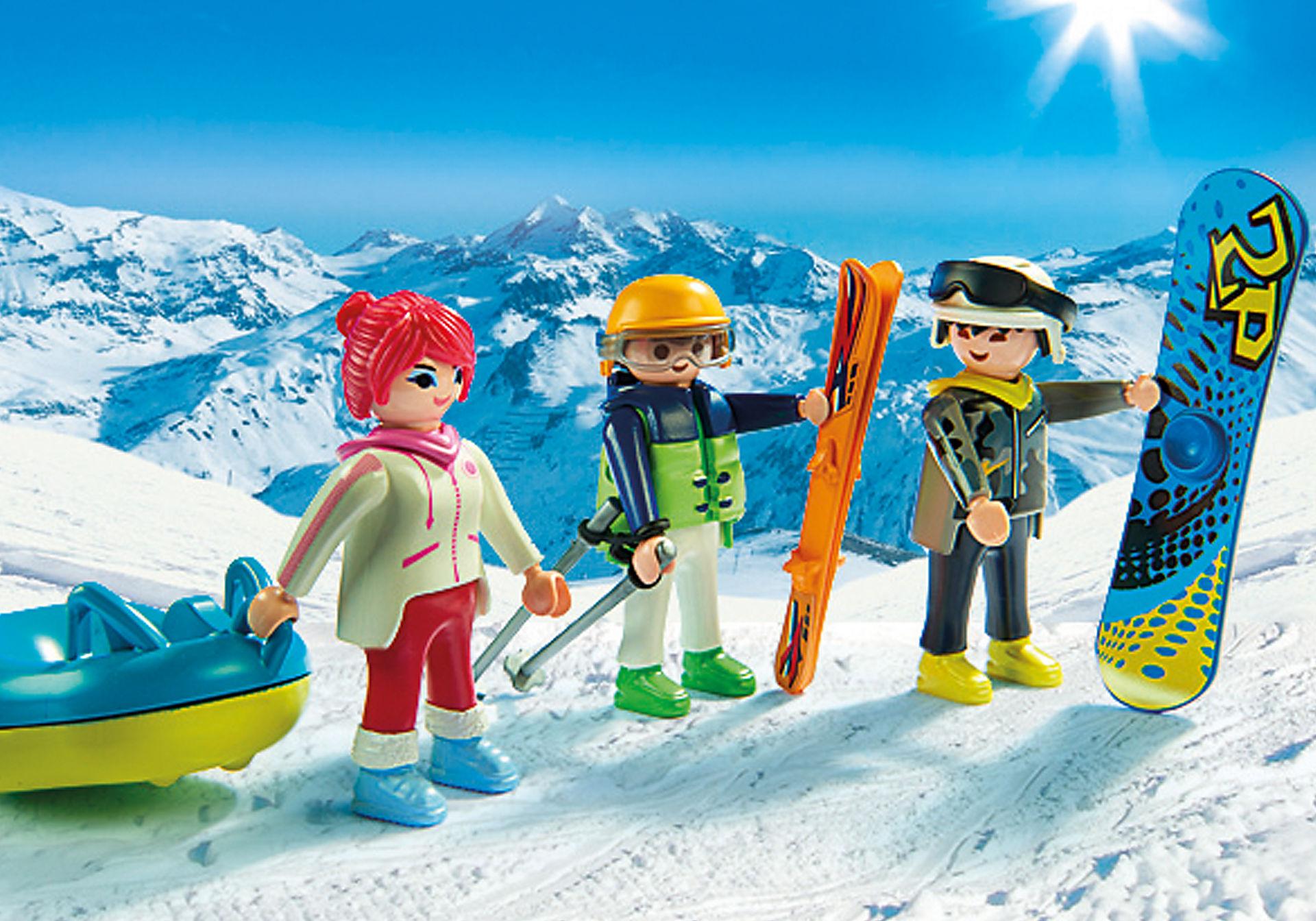 9286 Vacanciers aux sports d'hiver zoom image5