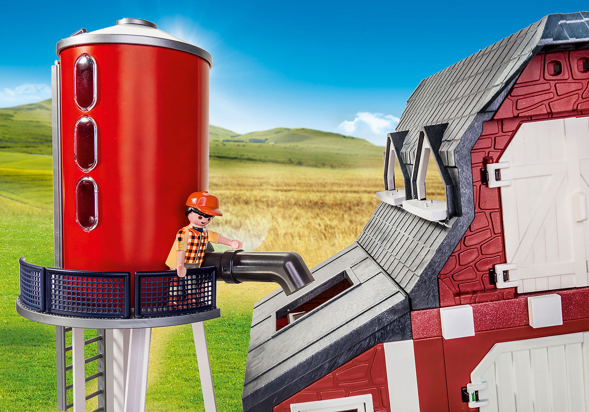 9315 Barn with Silo zoom image4