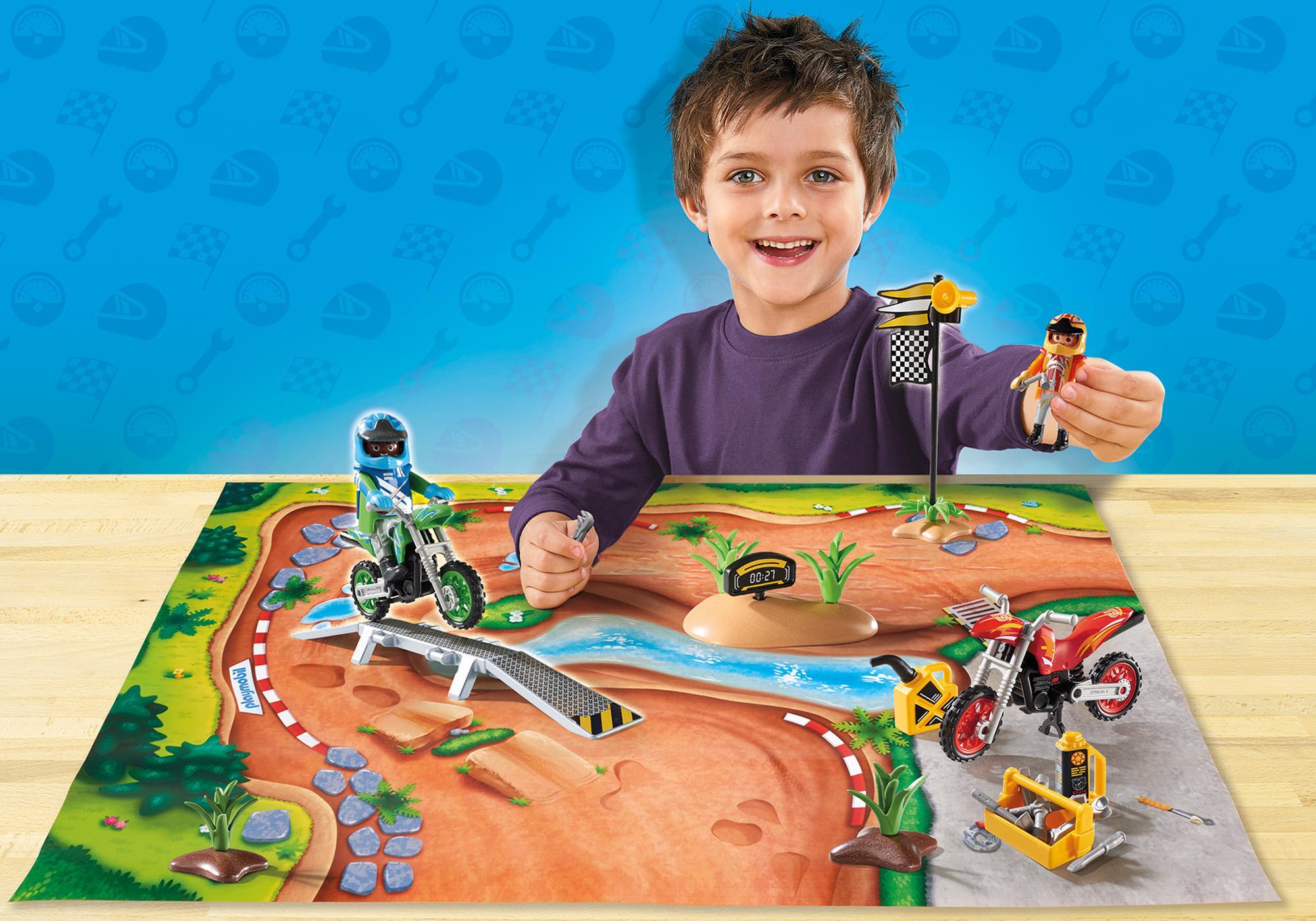 http://media.playmobil.com/i/playmobil/9329_product_detail/Mapa de Jogo Motocross
