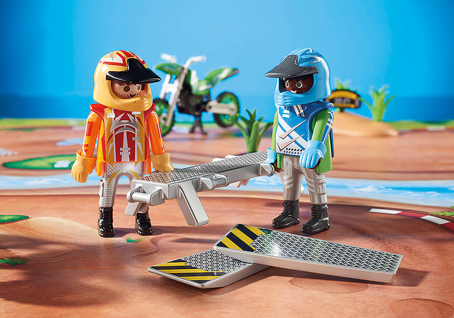 http://media.playmobil.com/i/playmobil/9329_product_extra1/Motocross Play Map