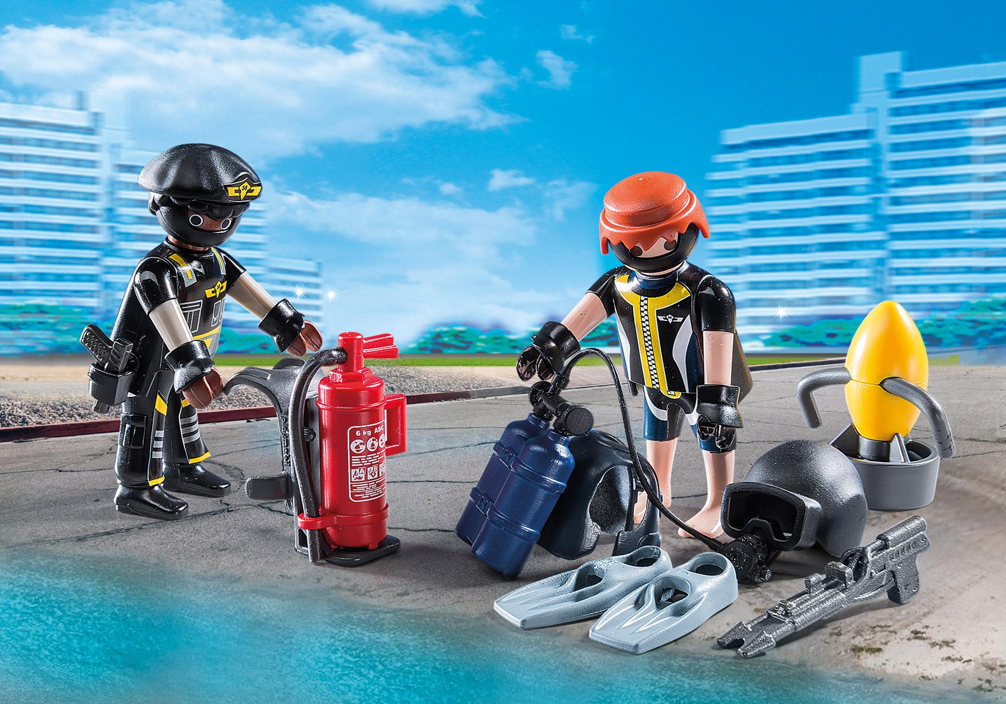 http://media.playmobil.com/i/playmobil/9365_product_extra1/SEK-team