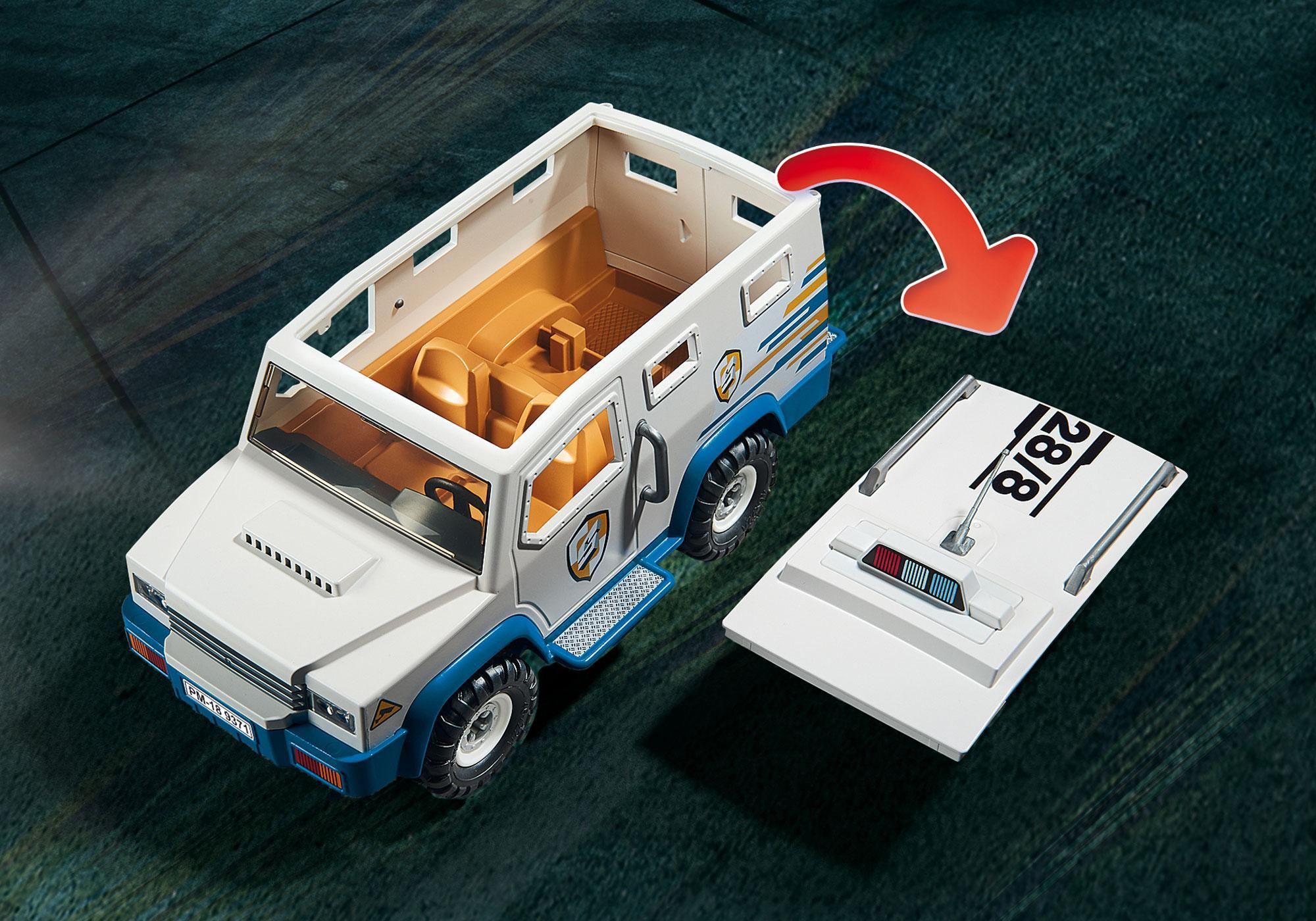 http://media.playmobil.com/i/playmobil/9371_product_extra1/Veículo Blindado