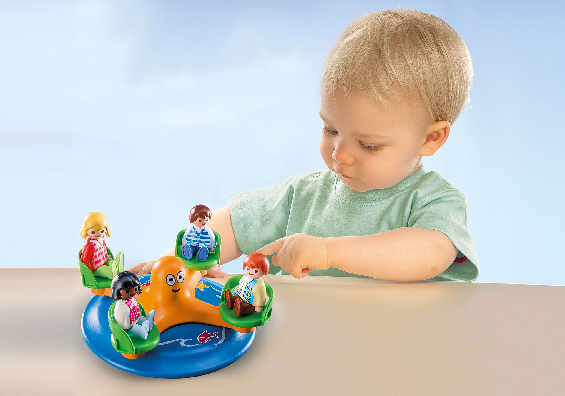 http://media.playmobil.com/i/playmobil/9379_product_extra1/Παιδικό καρουζέλ