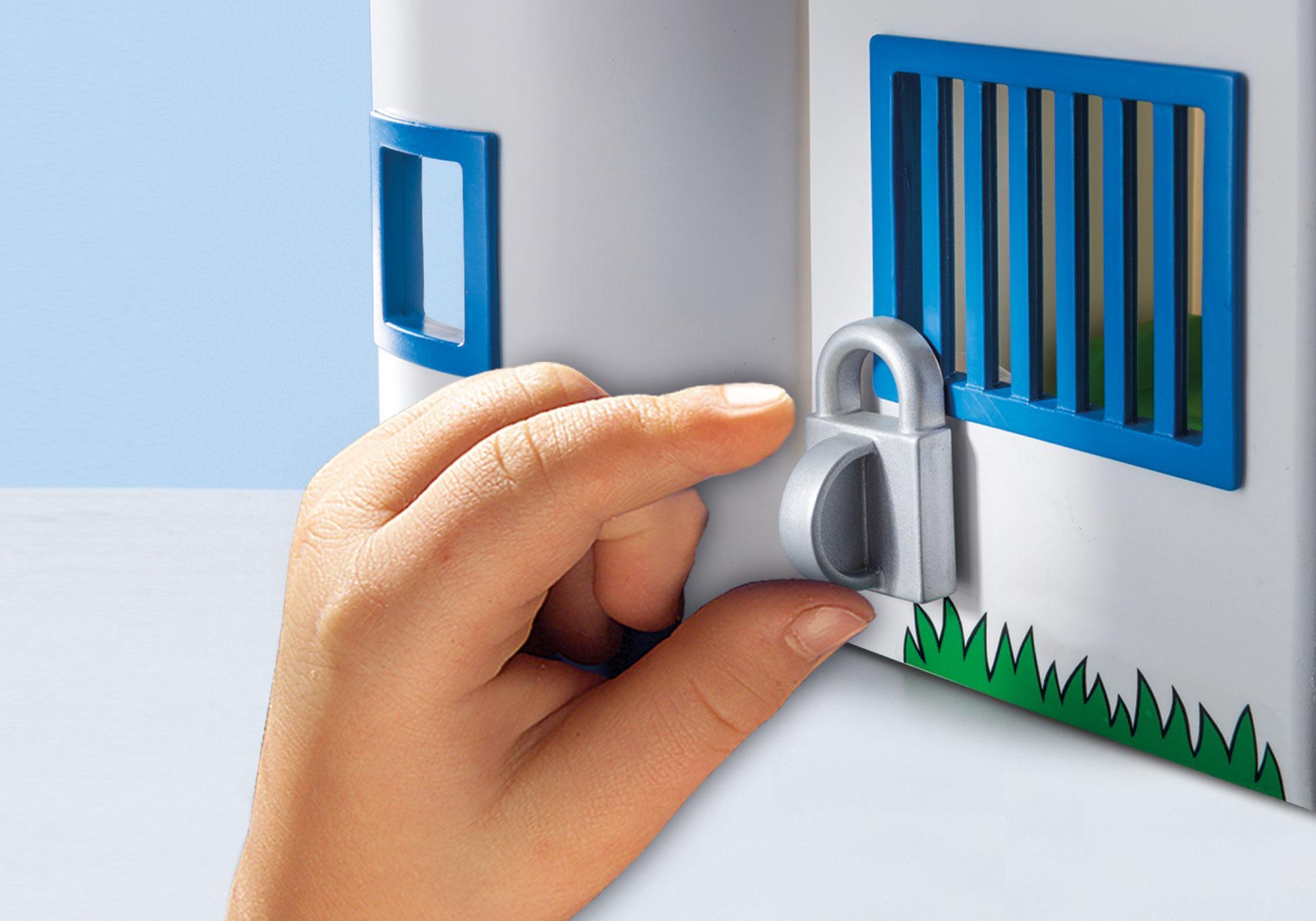 http://media.playmobil.com/i/playmobil/9382_product_extra2/Polisstation att ta med
