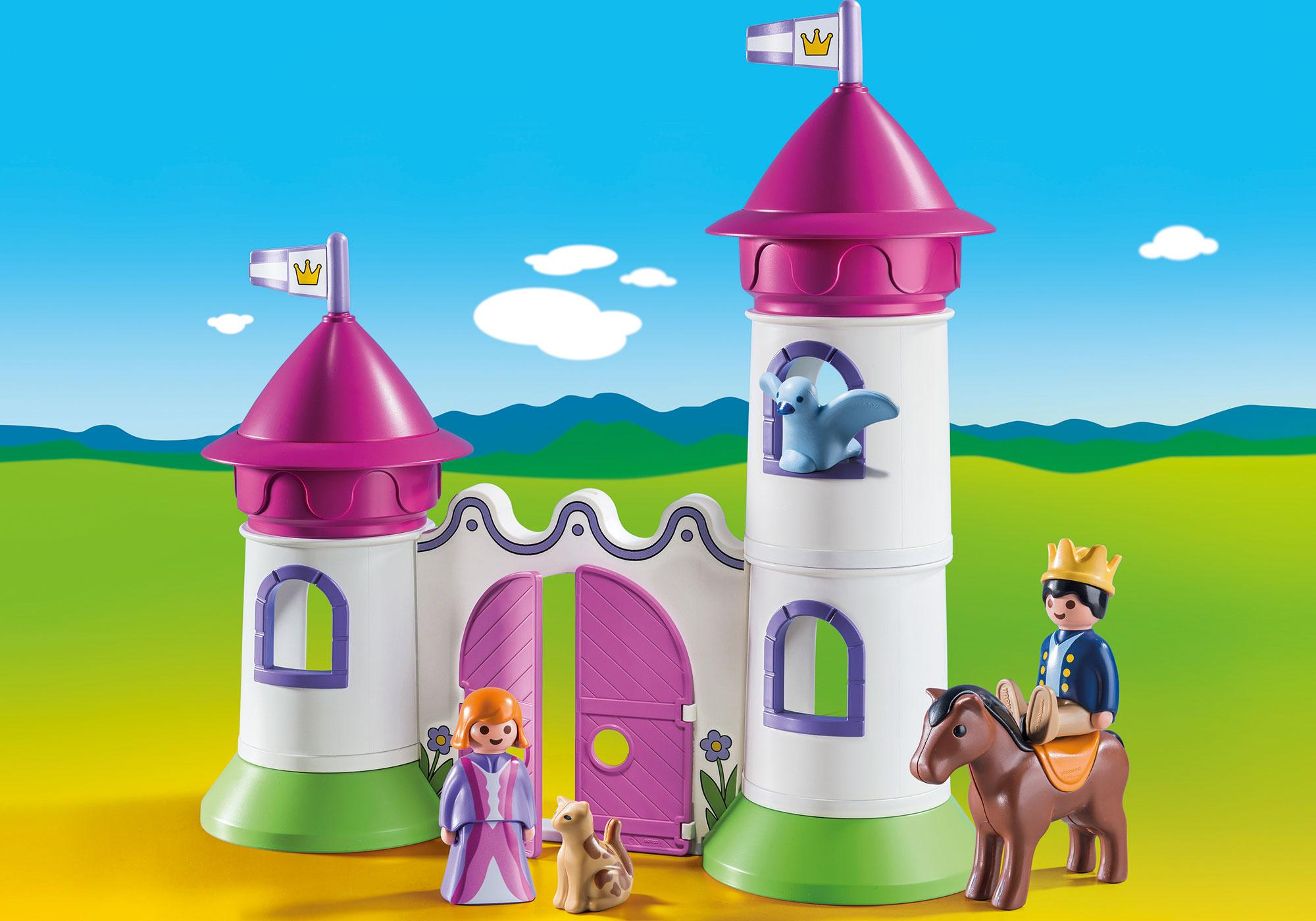 http://media.playmobil.com/i/playmobil/9389_product_detail/1.2.3 Castillo con Torre Apilable