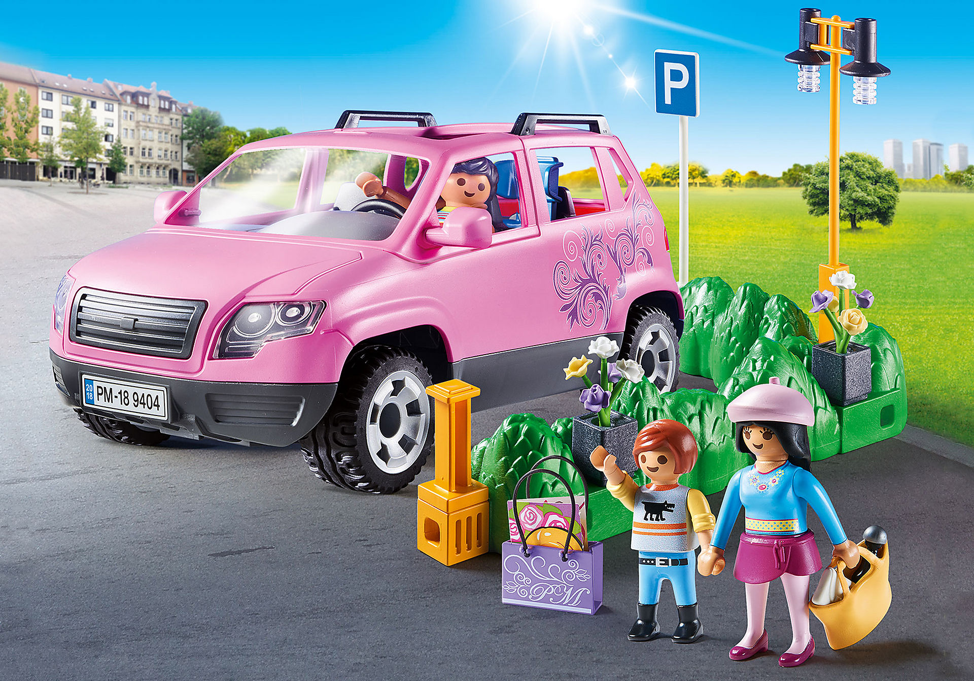 9404 Famiglia al parcheggio dell'outlet zoom image1