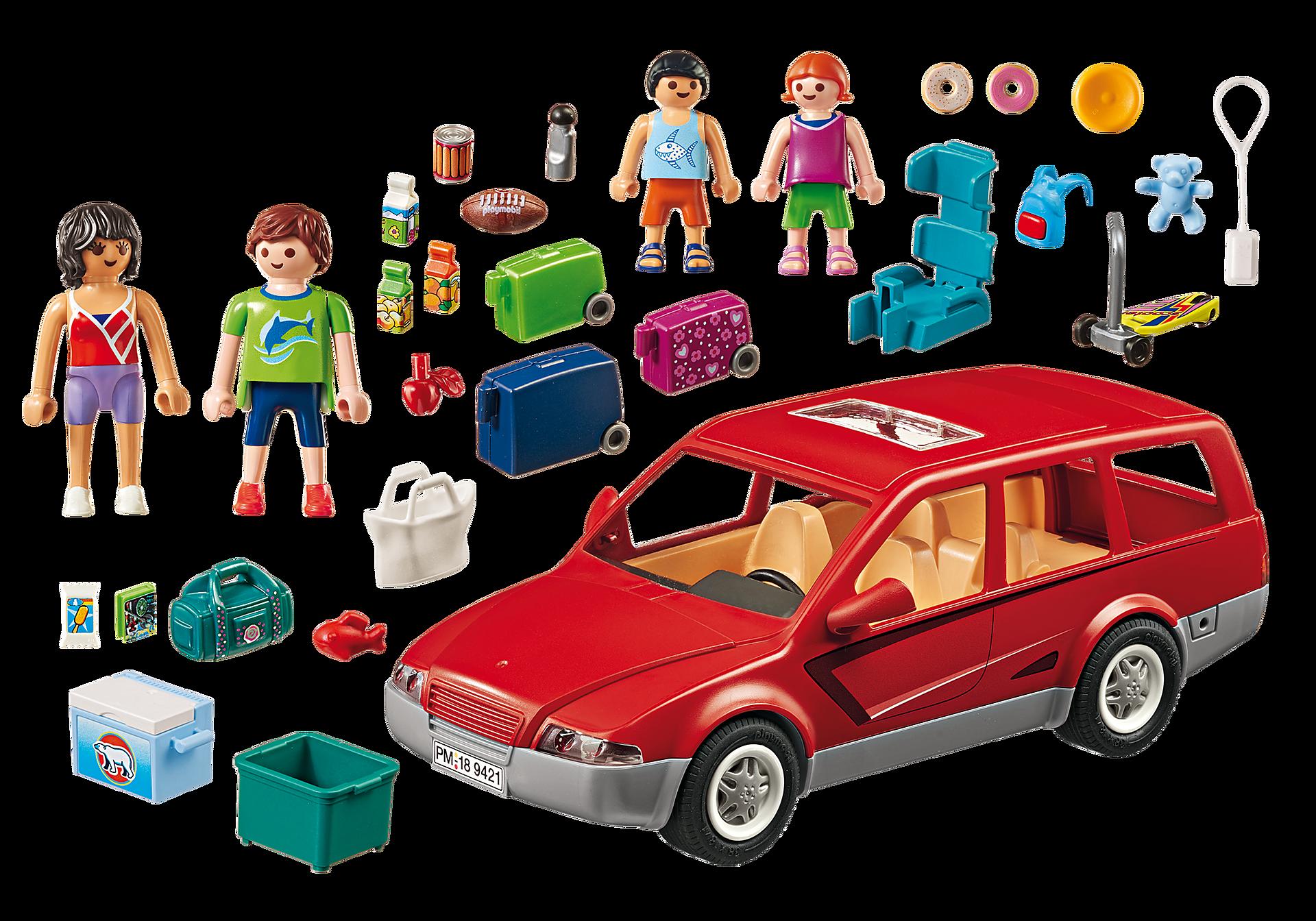9421 Famille avec voiture  zoom image4
