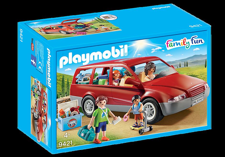 9421 Famille avec voiture  detail image 3