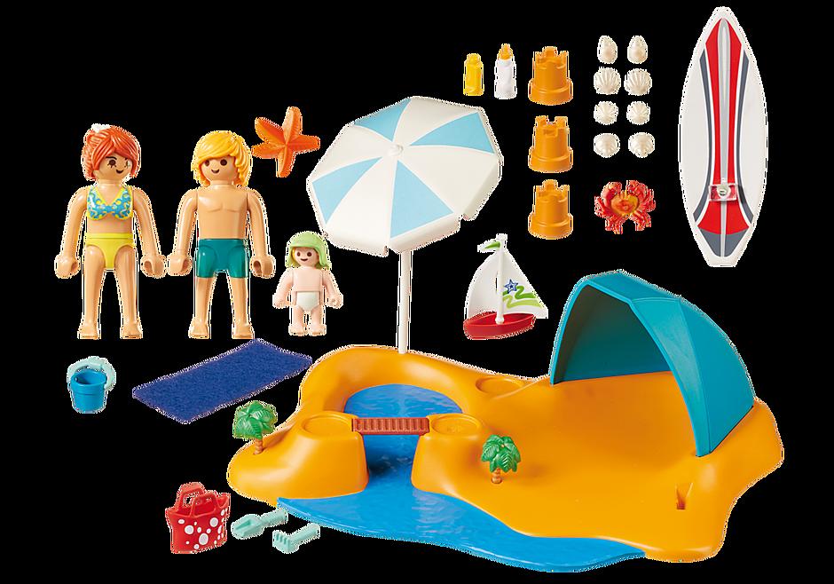 9425 Famille de vacanciers et tente  detail image 4