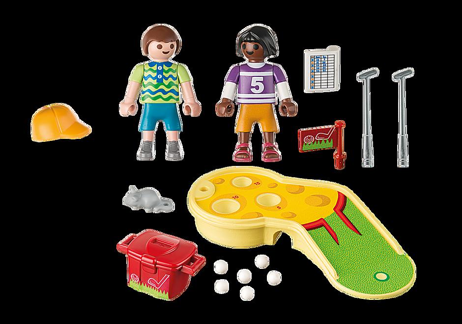 9439 Dzieci grające w minigolfa detail image 4