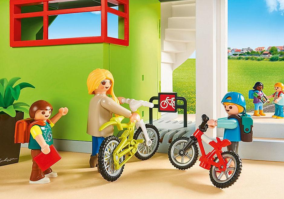 http://media.playmobil.com/i/playmobil/9453_product_extra4/Furnished School Building