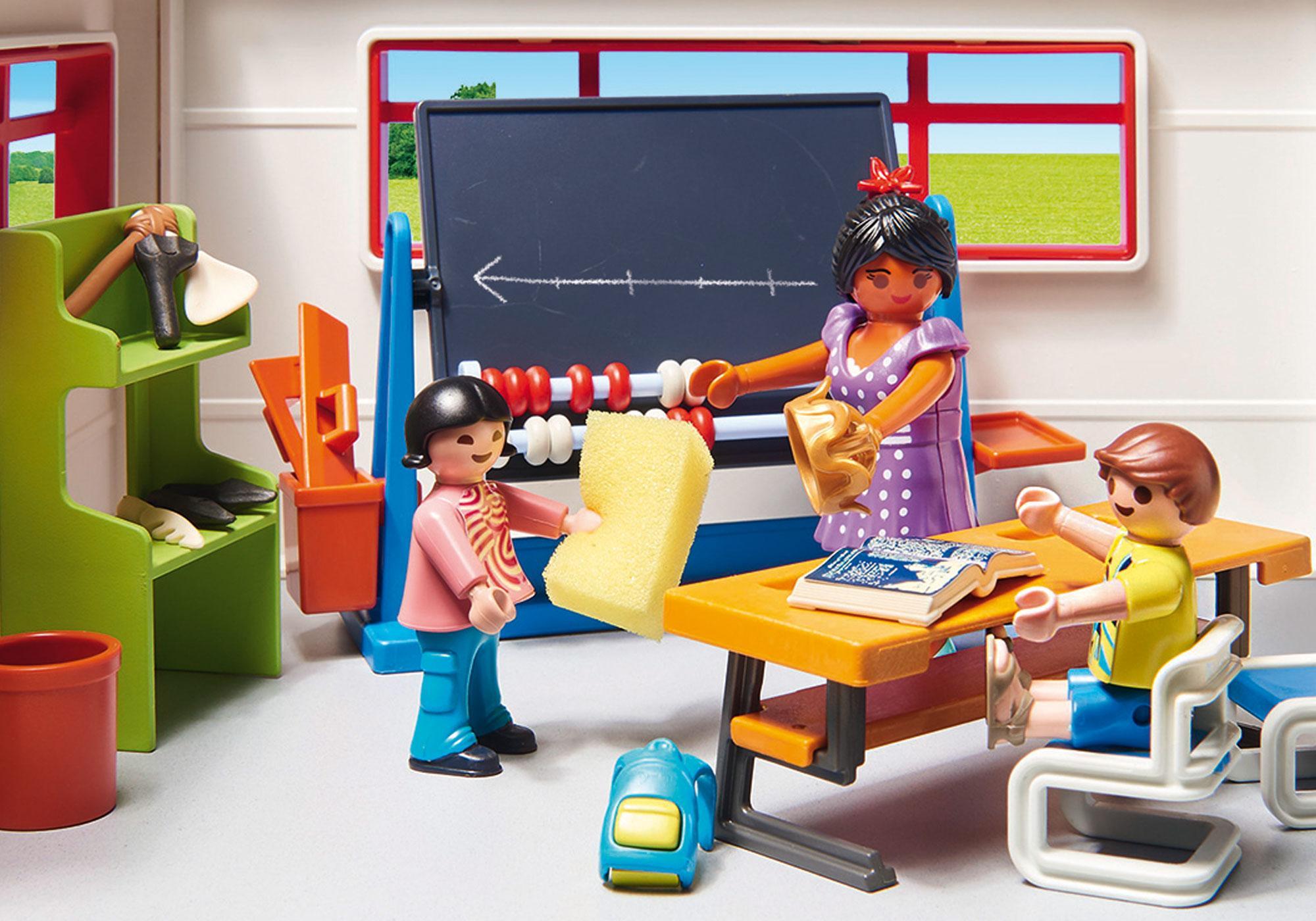 http://media.playmobil.com/i/playmobil/9455_product_extra2/Klassenzimmer Geschichtsunterricht