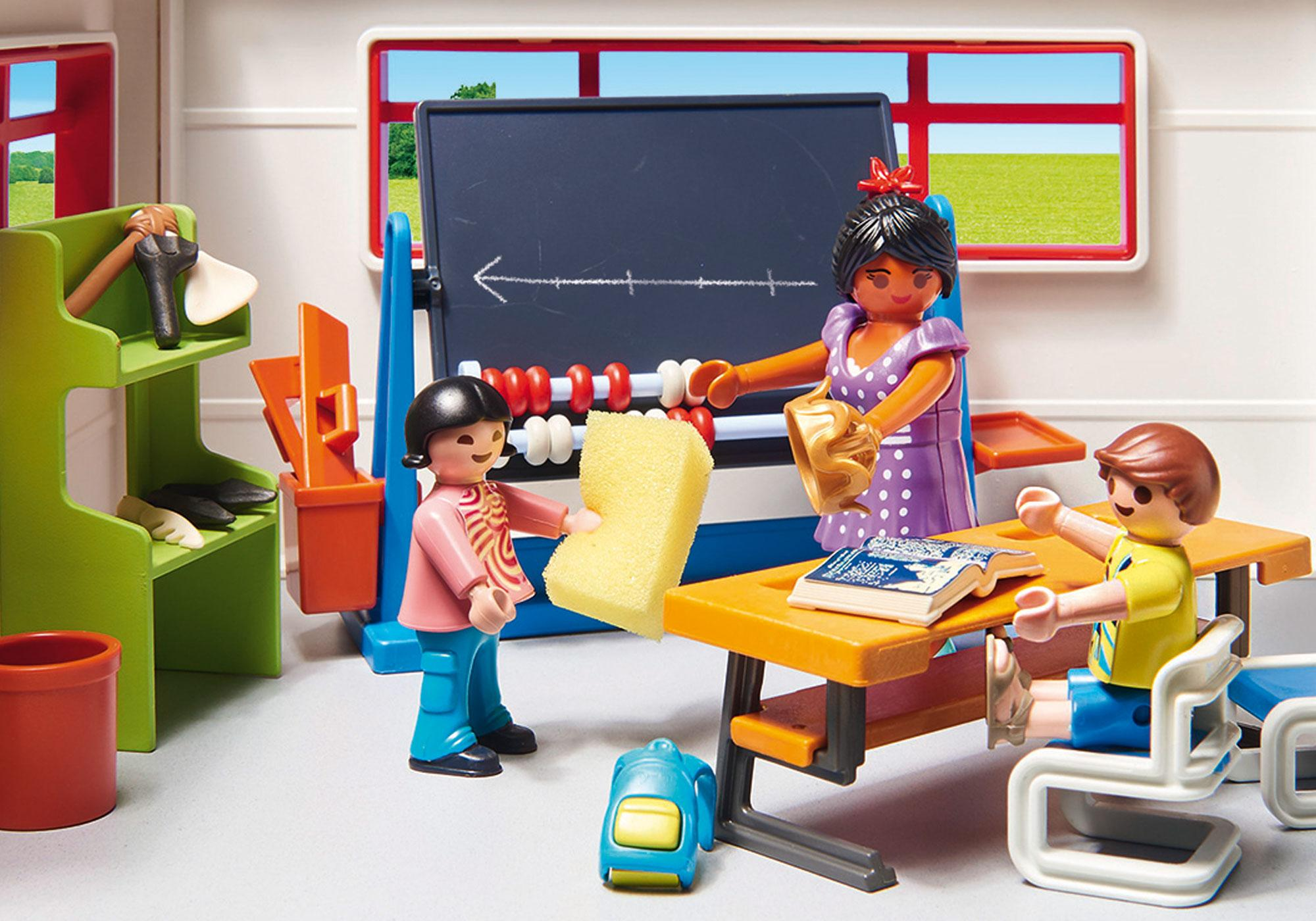 http://media.playmobil.com/i/playmobil/9455_product_extra2/Klasseværelse, historietimer