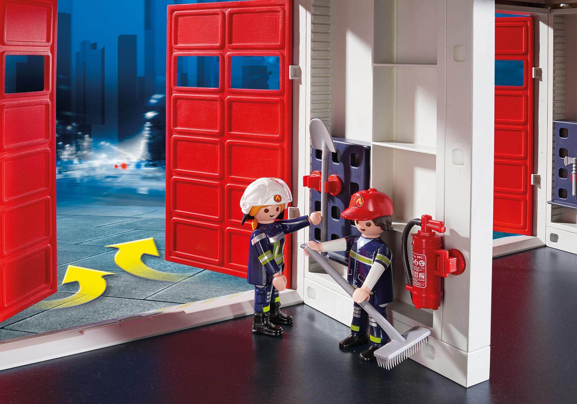 http://media.playmobil.com/i/playmobil/9462_product_extra3/Caserne de pompiers avec hélicoptère