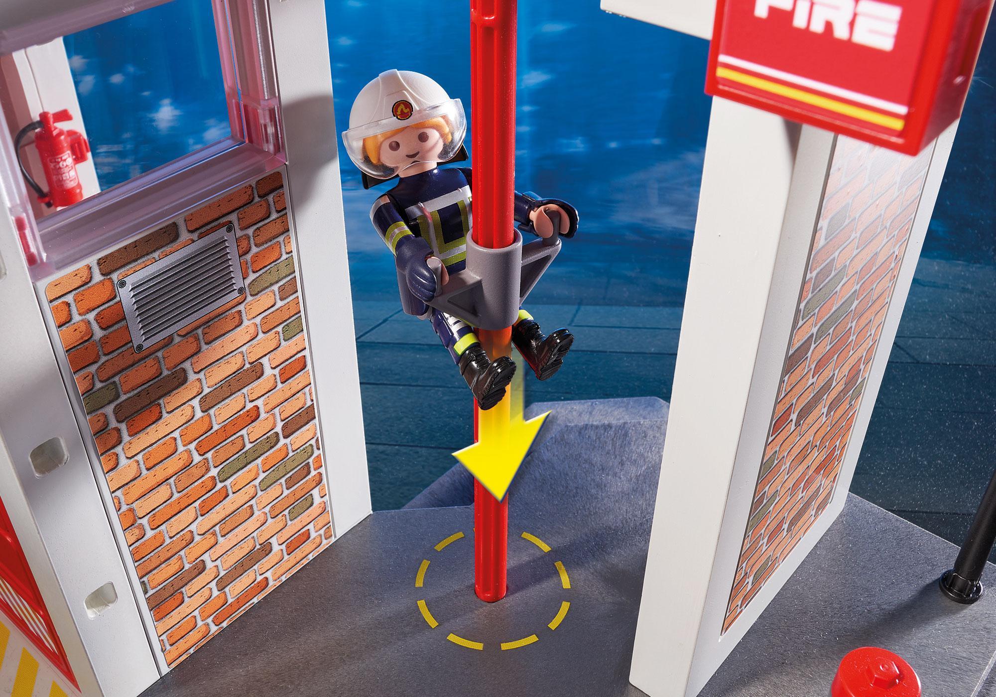 http://media.playmobil.com/i/playmobil/9462_product_extra5/Caserne de pompiers avec hélicoptère