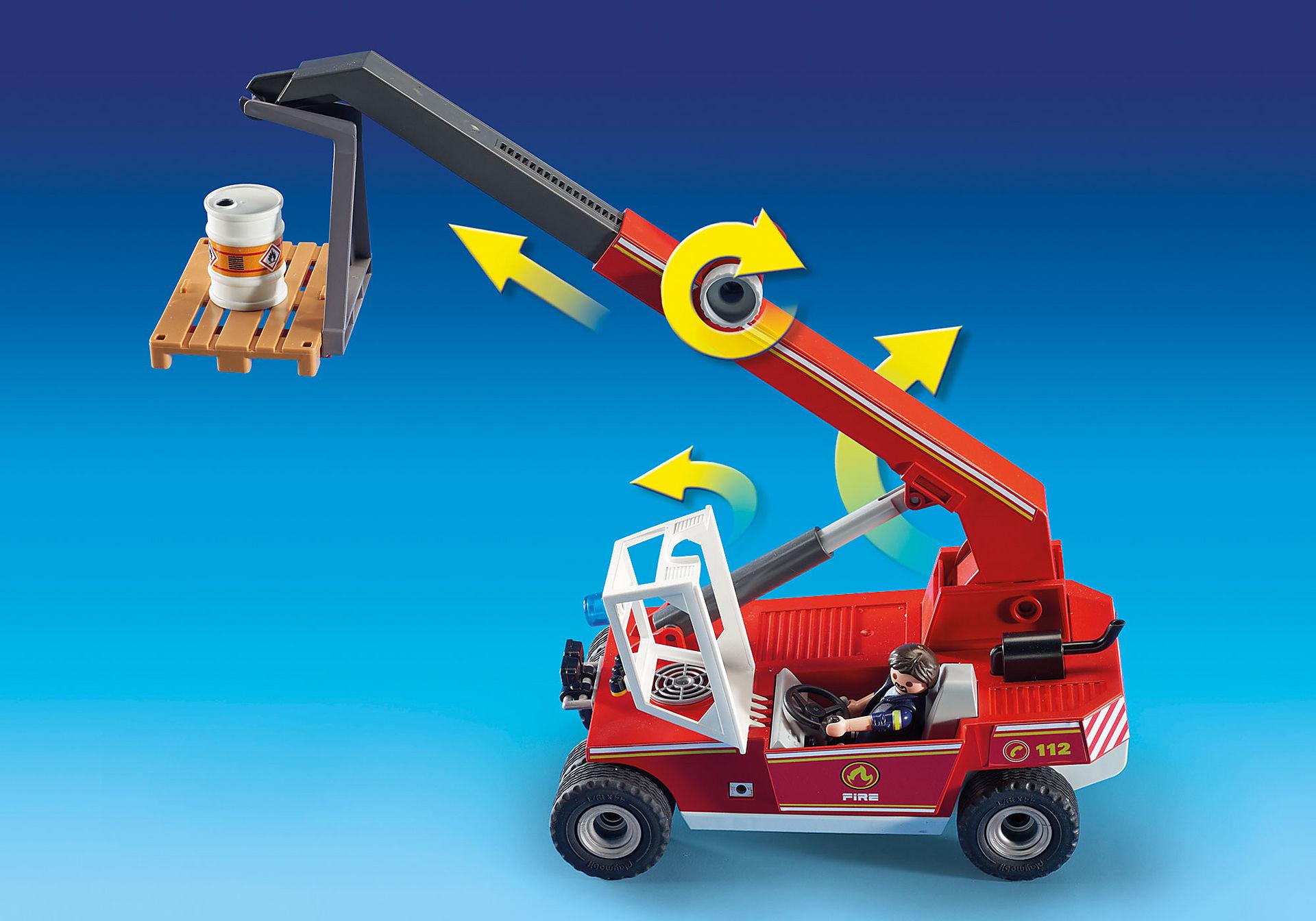 9465 Pompier avec véhicule et bras téléscopique  zoom image6