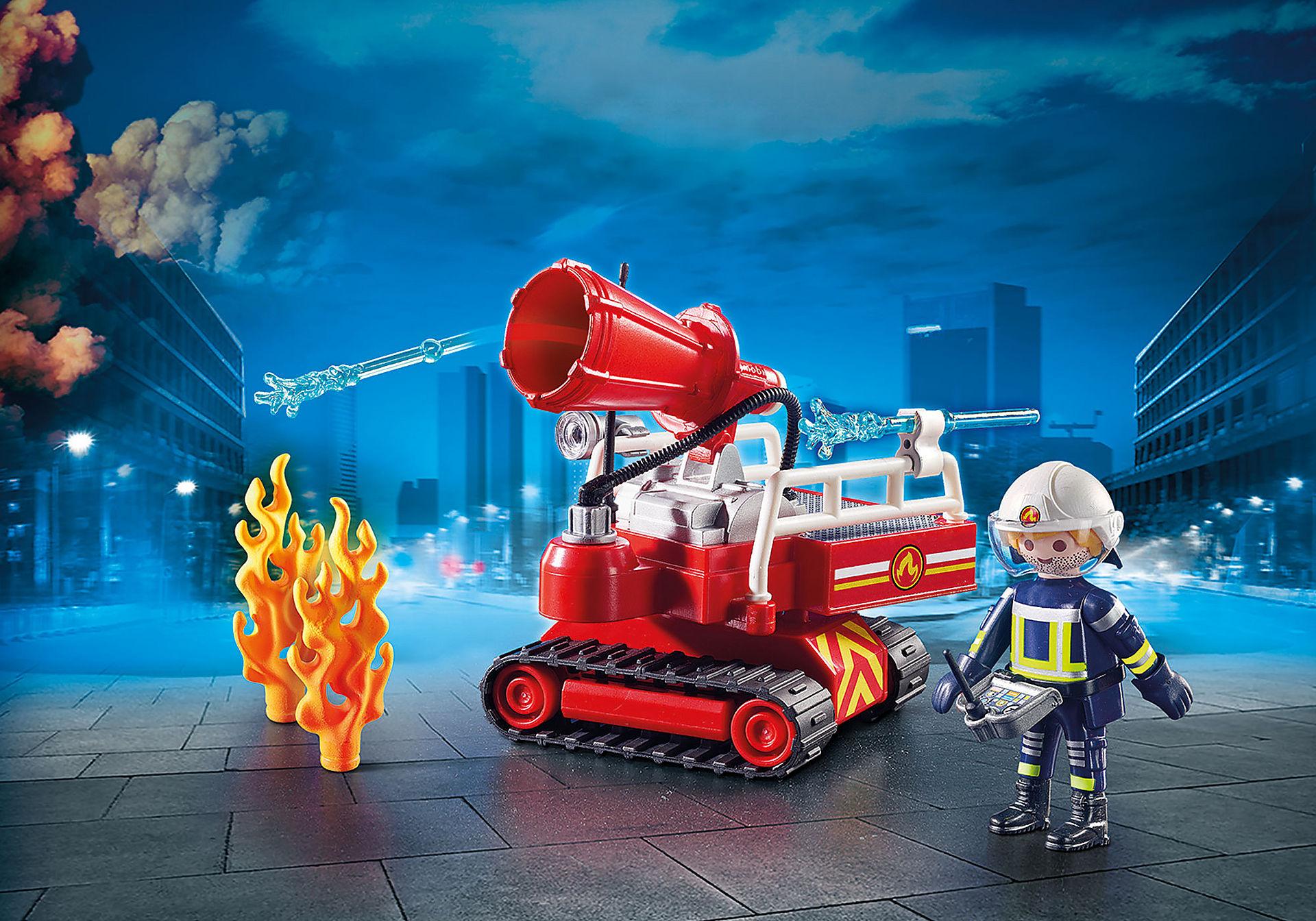 9467 Pompier avec robot d'intervention  zoom image1