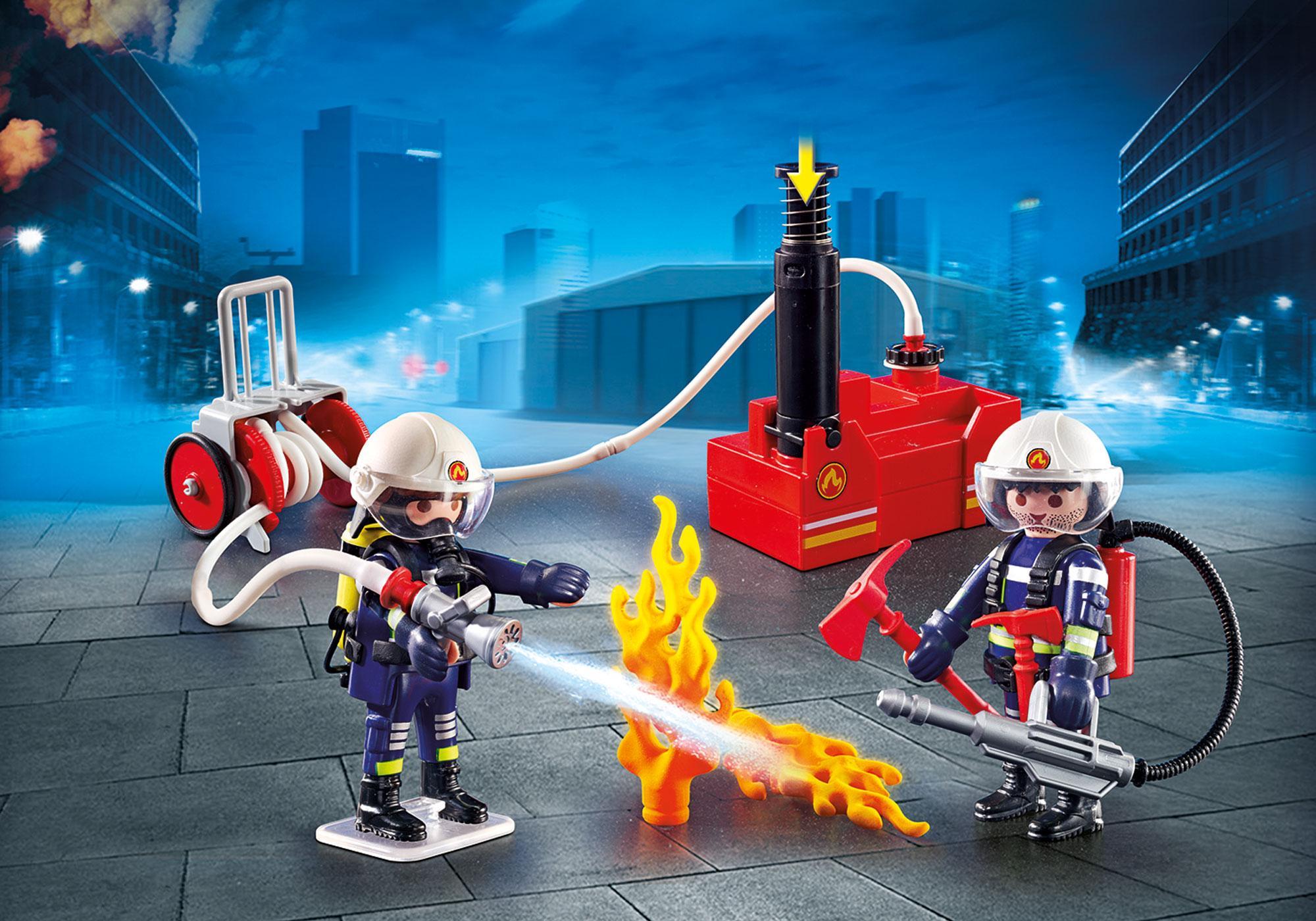 9468_product_detail/Brandweerteam met waterpomp